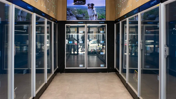 В Израиле открылся первый полностью автоматизированный магазин зоотоваров